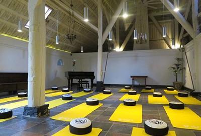 retreat yoga weekend
